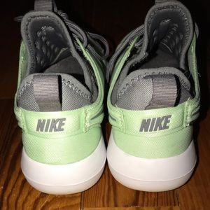 Nike Sneakers💚💚💚✔️✔️✔️